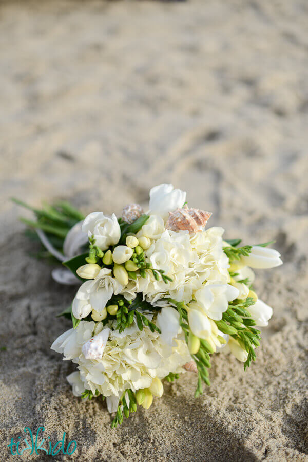 Tutorial Real Shell Accents For A Wedding Bouquet