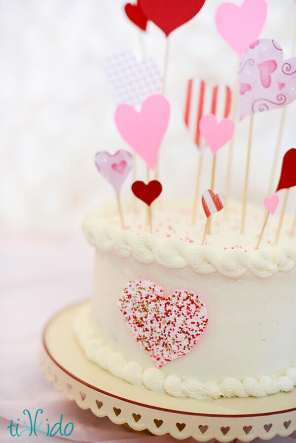 Speedy Easy Sprinkle Heart Cake Decoration Tutorial Tikkido Com