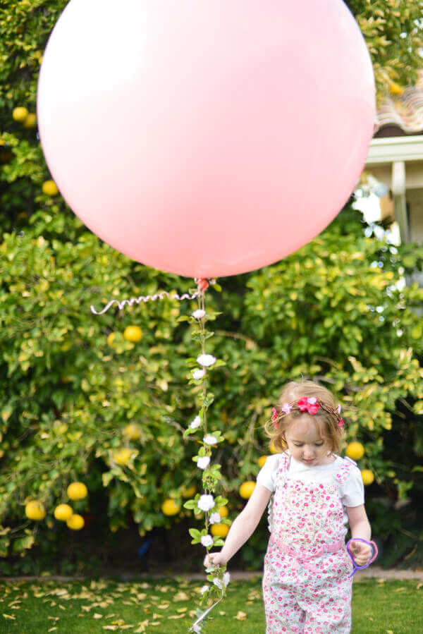 Big Balloon and a Floral Garland String | TikkiDo.