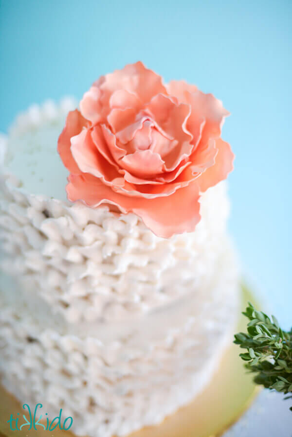 Cake With Fondant Peony : How to Make a Gumpaste Peony Without a Peony Cutter ...