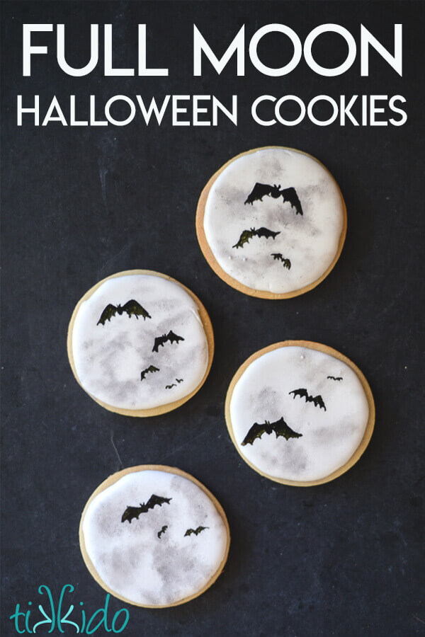 Easy tutorial for decorating full moon sugar cookies for Halloween