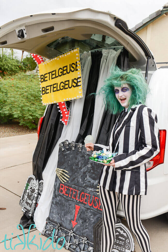 Beetlejuice Trunk Or Treat And The Trunk Or Treat Blog Hop Tikkidocom