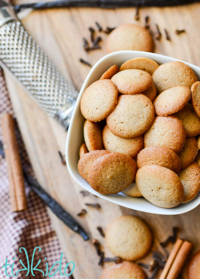 Pumpkin Spice Vanilla Wafer Cookies surrounded by whole spices.