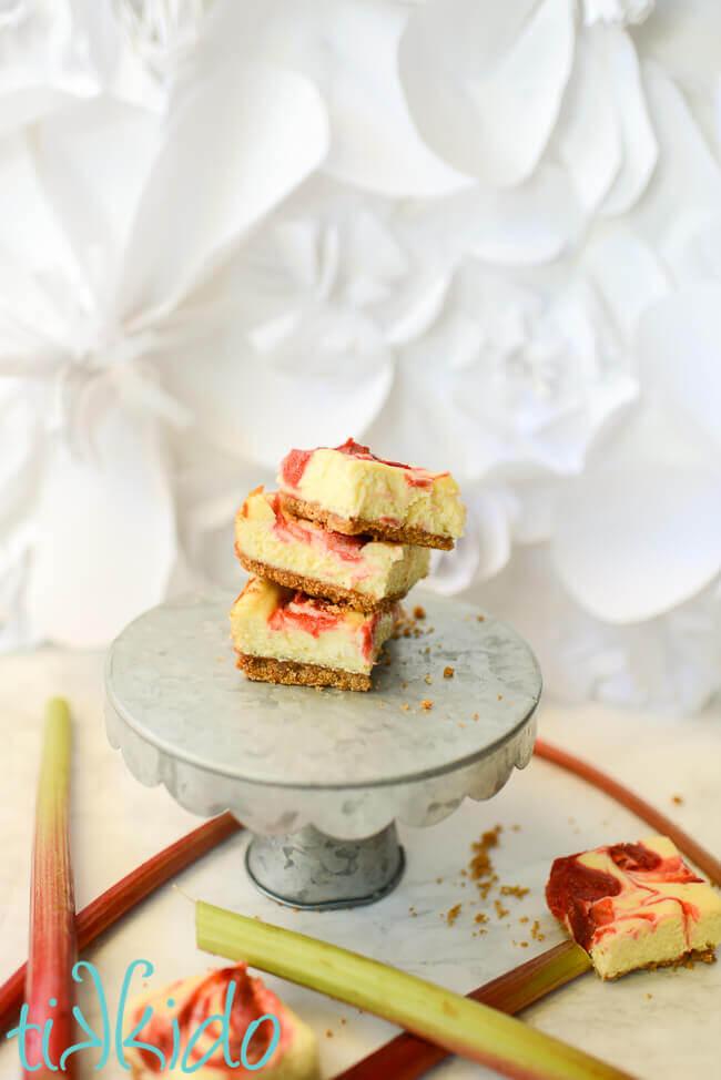 Rhubarb Cheesecake Bars In A 9x13 Pan Tikkido Com