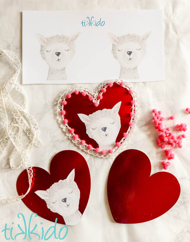 photograph about Valentine's Day Printable Decorations titled Do it yourself Llama Valentines Working day Garland (with No cost Printable