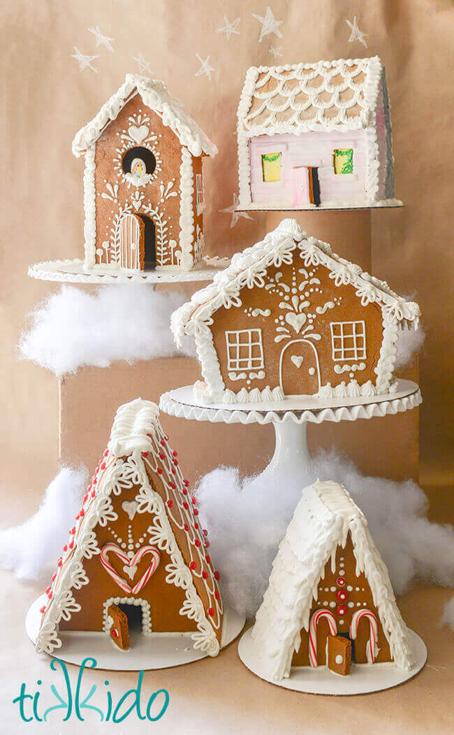 Five gingerbread houses in different sizes and shapes.