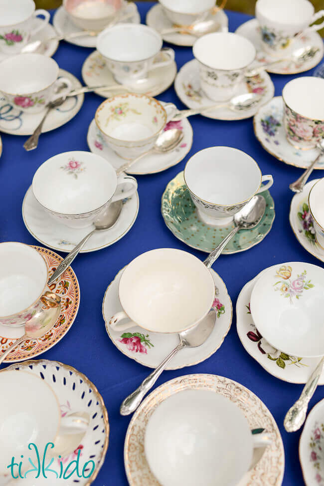 Helene\'s English Tea Party with French Flair | Tikkido.com