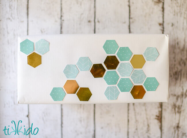 Hexagon Embellished Plain Gift Wrapping Paper Tutorial Tikkido.com
