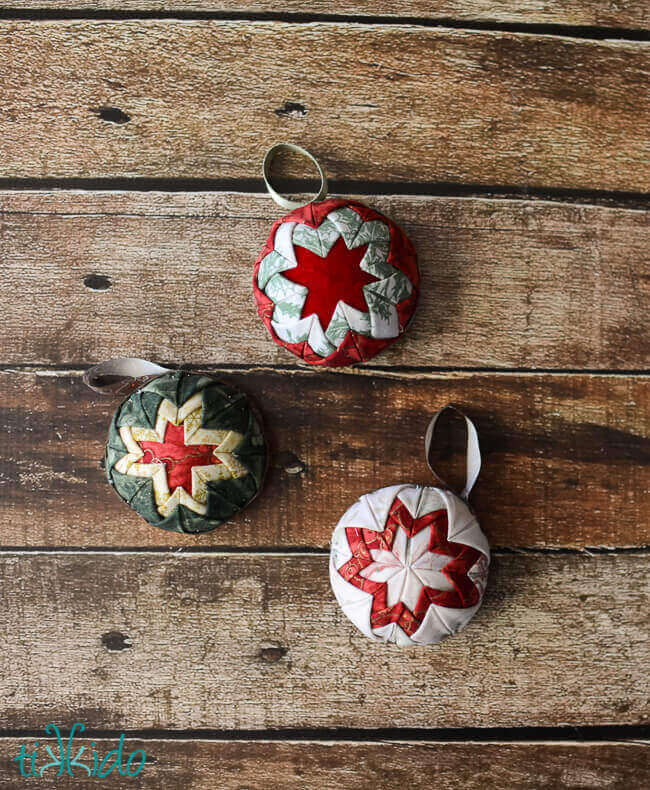 Easy Quilt Christmas Ornament Tutorial (No Actual Sewing ...