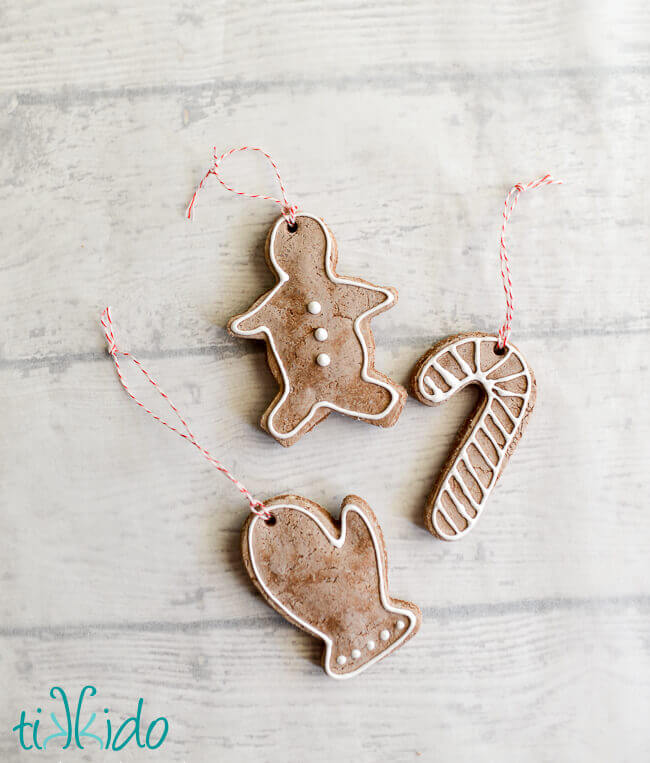 ... to experiment with my mom's salt dough recipe and see if I could create  a gingerbread scented variation to make some ornaments for my kitchen  garland.