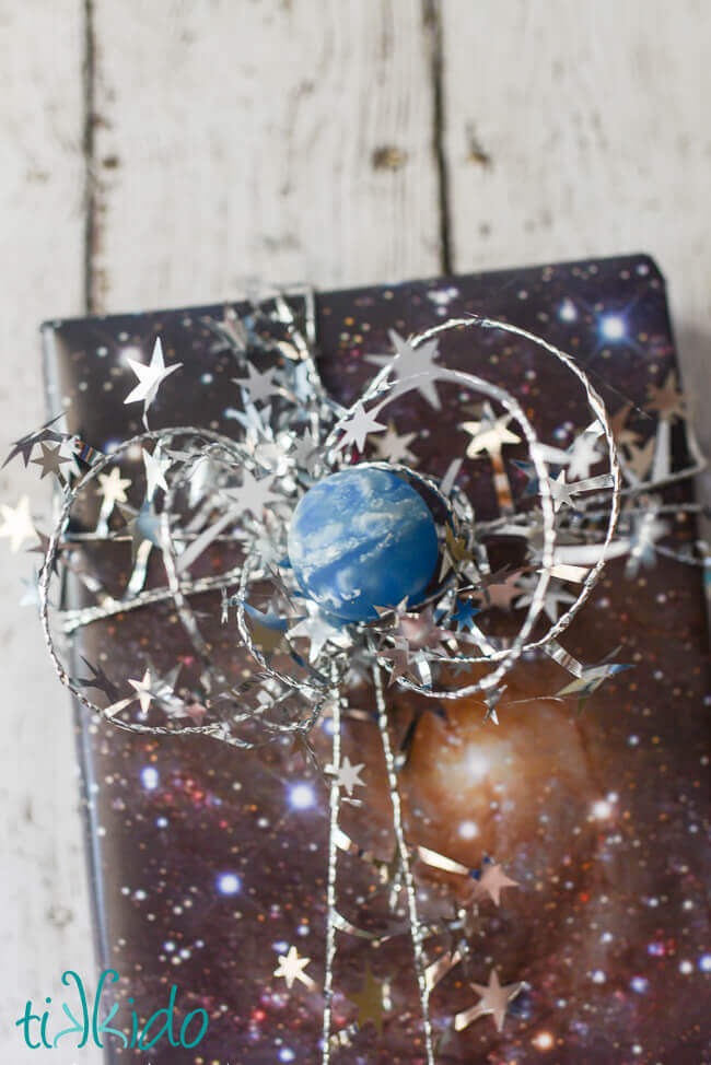 Easy outer space creative gift wrapping tutorial for Outer space gifts