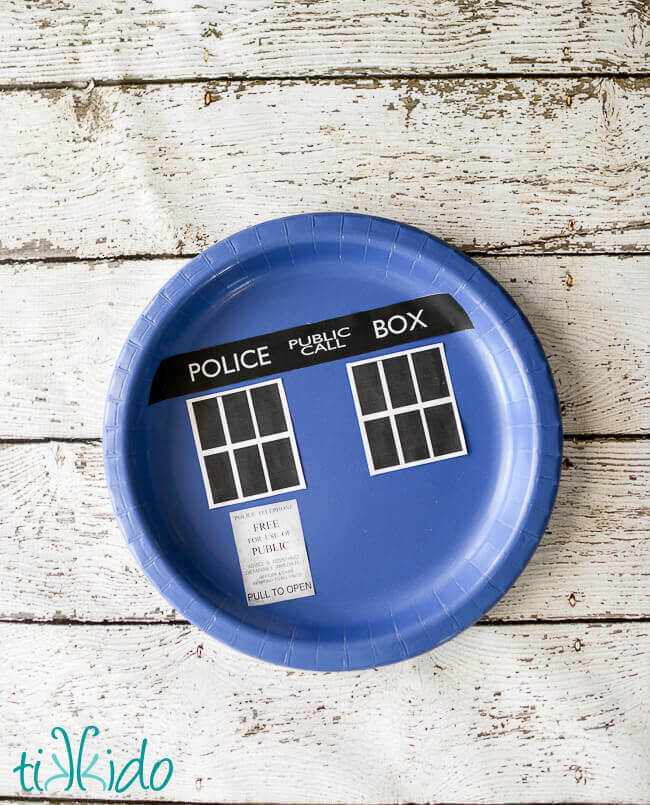 The process is exactly the same for the Doctor Who party plates.  sc 1 st  Tikkido.com & Easy Doctor Who TARDIS Paper Napkin and Plate Tutorial | Tikkido.com