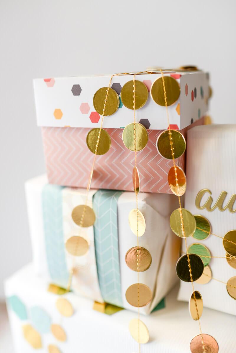 Custom Cardstock Gift Box Tutorial Tikkido.com
